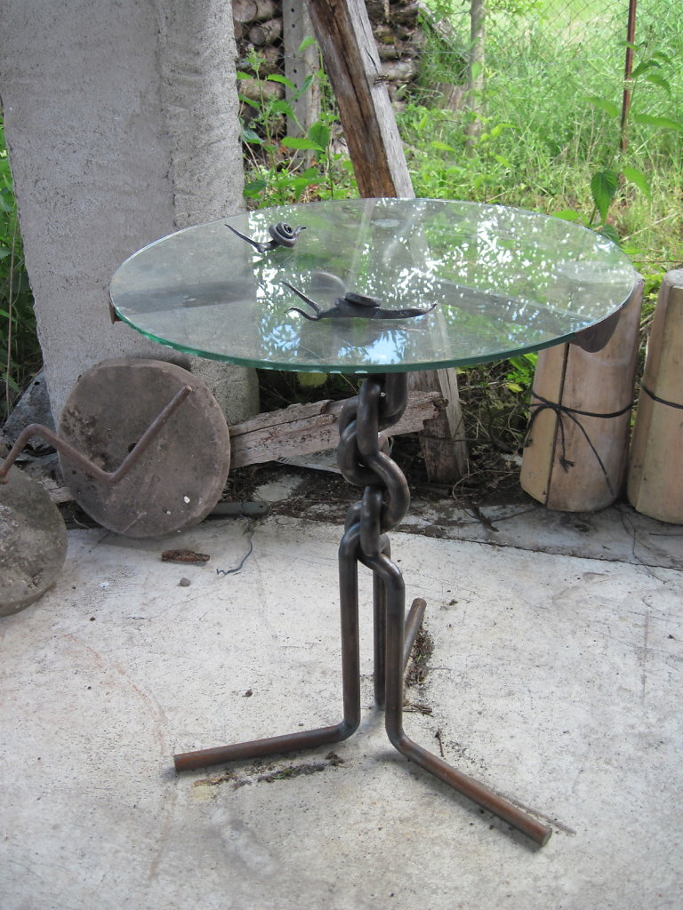 Platted table